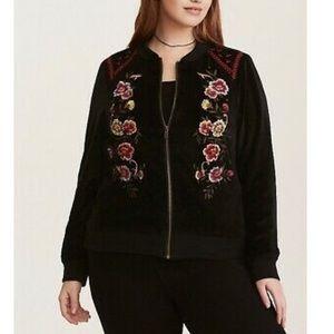 BNWT Torrid Embroidered Velvet Bomber Jacket